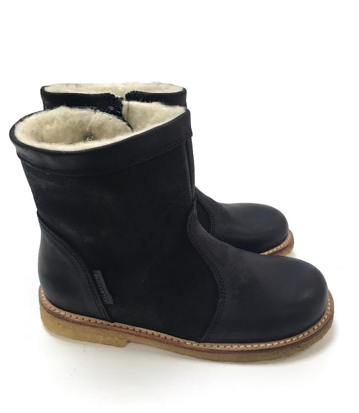Stiefel TEX lined size 35